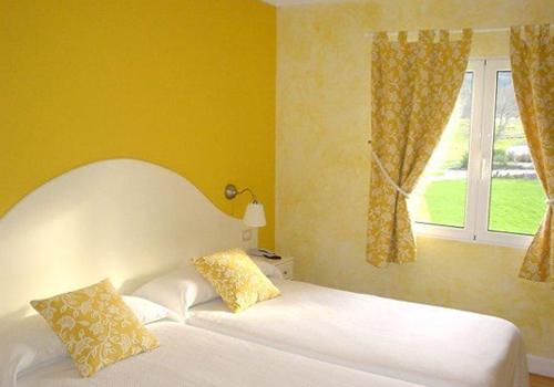 hotel y albergue amalurra